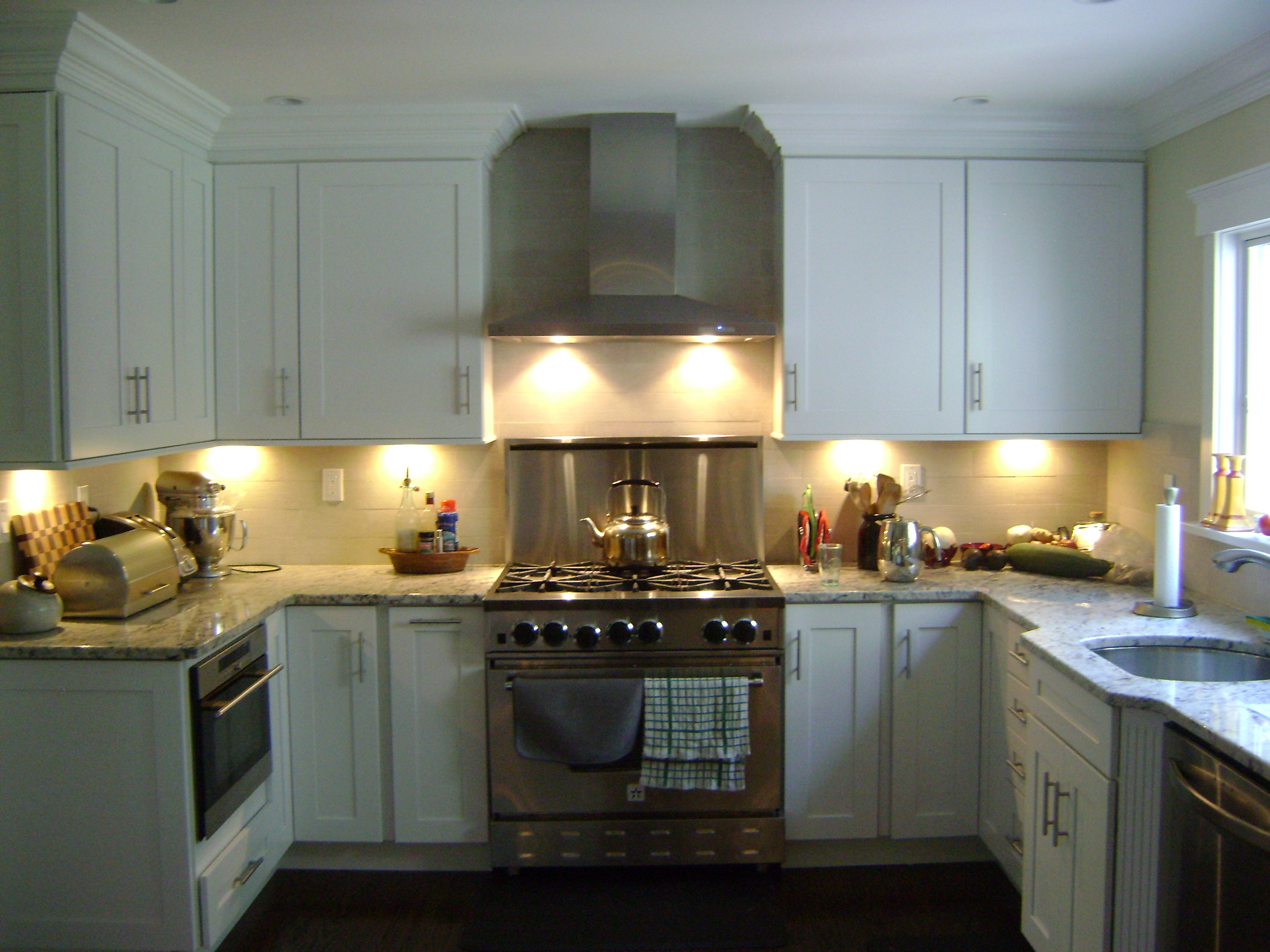 Kitchen Remodeling - Artistic Contracting